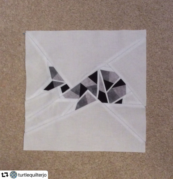 Whale Origami paper piecing - Turtlequilterjo